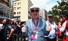 bbc applies brakes to chris evans comment on female top gear host rh pinterest com