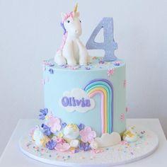 Unicorn cake More Mehr Baby Cakes, Girly Cakes, Cupcake Cakes, Cupcakes, 4th Birthday Cakes, Unicorn Birthday Parties, Birthday Ideas, Rainbow Unicorn Party, Celebration Cakes