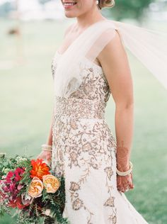Beautiful cultural celebration: http://www.stylemepretty.com/2014/11/14/rustic-indian-fusion-wedding-in-wisconsin/ | Photography: Geneoh - geneoh.com