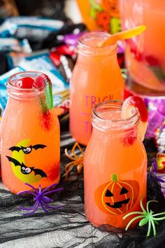Witches Brew BOO Bundle (Sparkling Cherry Lemonade) by Eazy Peazy Mealz Happy Halloween, Halloween Bebes, Halloween Punch, Halloween Food For Party, Holidays Halloween, Halloween Treats, Halloween Recipe, Halloween Cupcakes, Adult Halloween Drinks