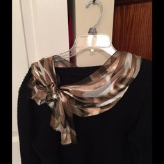 Green & Gold Silk Scarf Green & gold silk scarf. Velcro closure with bow. Accessories Scarves & Wraps