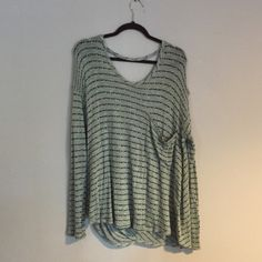 Backless Free People sweater Never worn, practically new except small hole in front pocket Free People Sweaters