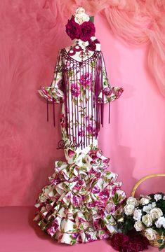 Spanish Eyes, My Style, Womens Fashion, Body, Flamenco Dresses, Fringes, Carnival, Glamour Dresses, Skinny Fashion