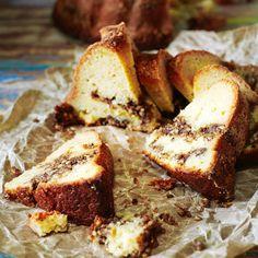 Omena-tiikerikakku – kuivakakkujen kuninkaan uusi versio! | Maku Banana Bread, French Toast, Goodies, Baking, Breakfast, Sweet, Desserts, Food, Kite