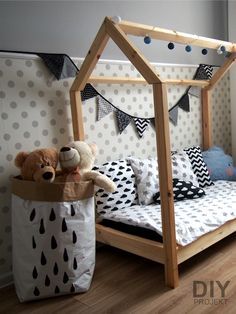 paper bag house bed