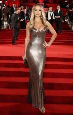 Rita Ora In Versace At The 2017 British Fashion Awards Red Carpet Dresses, Satin Dresses, Nice Dresses, Long Dresses, Stylish Dresses, Prom Dresses, Rita Ora, Metallic Dress, Gold Dress