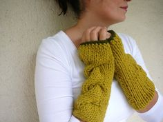 cable wrist warmers