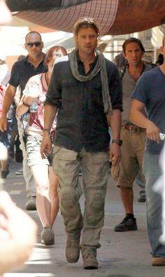 brad pitt, world war z, that is all. Bratt Pit, Brad Pitt Kids, Gi Joe, Brad Pitt And Angelina Jolie, Brad Pitt Hair, Bohemian Men, Mens Outdoor Clothing, Casual Wear For Men, Men Street