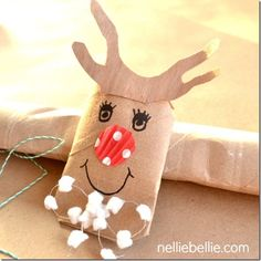 reindeer from a toilet paper roll