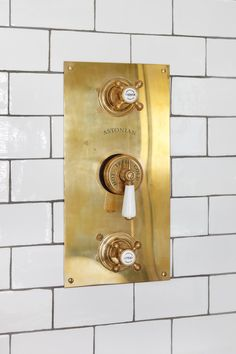 Home Decoration Ideas For Marriage .Home Decoration Ideas For Marriage Bathroom Spa, Bathroom Interior, Modern Bathroom, Small Bathroom, Gold Bathroom, Bathroom Showers, Bathroom Cabinets, Colorful Bathroom, Mosaic Bathroom