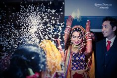 An Indian bride's farewell at her wedding Traditional Indian Wedding, Big Fat Indian Wedding, Matrimonial Services, Indian Marriage, Wedding Rituals, Indian Pictures, Punjabi Wedding, Real Weddings, Indian Weddings