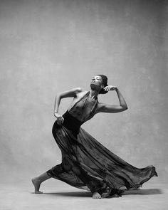 Best Yoga Photography Black And White Freedom Ideas Dance Art, Ballet Dance, Bolshoi Ballet, Dance Aesthetic, Black Dancers, Freedom Art, Dance Movement, Art Of Movement, Body Movement