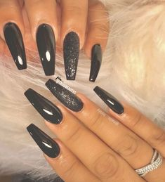 The Newest Acrylic Nail Designs are so perfect for fall and winter! Hope they can inspire you and read the article to get the gallery. Clear Acrylic Nails, Acrylic Nail Designs, Nail Art Designs, Nails Design, Fabulous Nails, Gorgeous Nails, Beautiful Nail Art, Diy Nails, Cute Nails