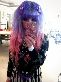 Super cute! Like a real life Monster High doll.