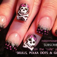 Skulls I NEED THESE !