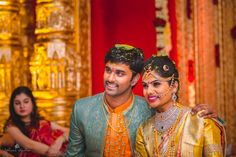 A bride who knows how to rock a6.7kg lehenga for her Sangeet? That's the stuff this wedding is made of. This telugu bride, Leelu really kept her sartorial style pretty with self-designed blouses and beautiful diamond jewellery and add, a...