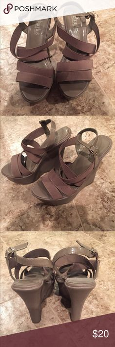 Charles David Gray Elastic Wedges Size 5.5. Charles David Gray Elastic Wedges Size 5.5. Worn only once. In great shape. 100% Authentic. No trades. Reasonable offers are welcome Charles David Shoes Wedges