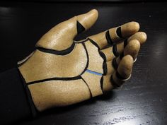 Worbla Glove Almost Done, Cannon Test Primer, Bicep Paint Cosplay Armor, Cosplay Diy, Robot Costumes, Cosplay Costumes, Winter Soldier Cosplay, Foam Armor, Cool Swords, Arte Robot, Robot Concept Art