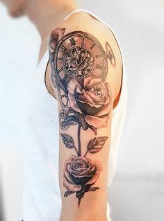 Rosen und Taschenuhr Tattoo Roses and pocket watch Tattoo Sündige Haut Tattoo . Suendige Haut