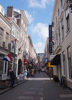 8 Hotspots in Den Haag die je meteen wilt bezoeken Water Management, The Hague, Utrecht, Delft, Windmill, Great Places, Netherlands, Holland, Amsterdam