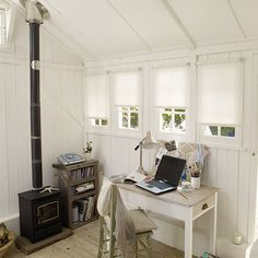 More women are working from home and turning garden sheds into office spaces and retreats from family life shed design shed diy shed ideas shed organization shed plans Shed Office, Office Spaces, Shed Home Office Ideas, House Ideas, Backyard Sheds, Garden Sheds, Garden Tips, Shed Design, House Design