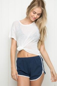 aac9d9053e4b5 Welcome to Brandy Melville USA Brandy Melville Outfits