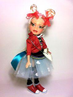 Bratz bambola riverniciata, Bratz bambola personalizzata, Bratz OOAK, bambola artistica, Tania