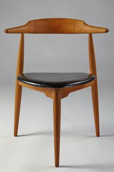 Heart chair by Hans Wegner