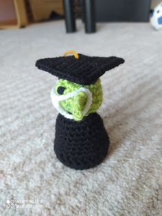 Baby Yoda with a PhD Hat – Nice crocheting! Crochet Hooks, Free Crochet, Magic Ring, Stitch Markers, Slip Stitch, Single Crochet, Crocheting, Crochet Earrings, Crochet Patterns