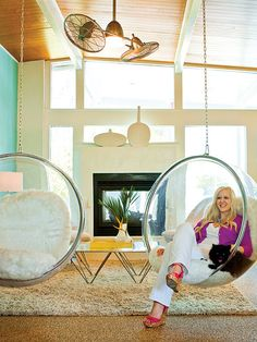 Make everyday better with the transparent Bubble Chair. Your experience of space will never be the same as you let brilliant reality shine in all directions. Made famous by designer Eero Aarnio, who also designed the Ball Chair, the Bubble chair makes for a unique look and cool feel in any room.  Gently unite the prism of light and life as you sit elevated amongst a plane of renewal and rejoicing.