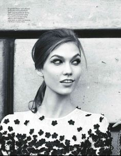 In this photo Karlie reminds me of a modern day Nancy Drew. Too cute! Inspiration for A Crime of Fashion. #ModelUnderCover #CrimeofFashion Vogue-UK-May-2012-Karlie-Kloss