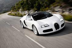 Bugatti Veyron. A Classy Choice