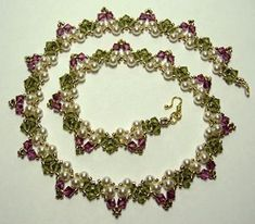 Glowing Garden Pearl Necklace