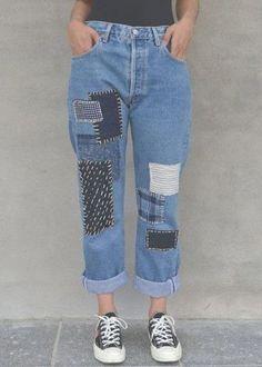Personaliza tus jeans gratis - Patchwork jeans DIY ★★★★★ 417 Opiniones - Patrones y Labore Patchwork Jeans, Diy Jeans, Jeans Denim, Hollister Jeans, Blue Jeans, Denim Fashion, Fashion Outfits, Diy Outfits, Fashion Hacks