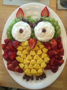 Owl.  What a cute way to arrange a fruit tray.  All you need is one of our sweet dips from www.diplicious.com/#LeahJohnson