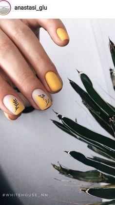 Yellow Nails Design, Yellow Nail Art, Minimalist Nails, Nails Polish, Nude Nails, White Nails, Acrylic Nails, Ten Nails, Manicure Y Pedicure