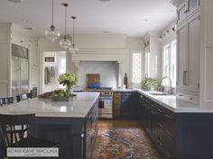 Navy Kitchen Cabinets, Kitchen Hardware, Upper Cabinets, Studio Kitchen, Kitchen Decor, Kitchen Ideas, Kitchen Designs, Kitchen Dining, Kitchen Island