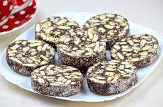 Salam de biscuiti / Biscuit Salami (CC Eng Sub) No Cook Desserts, Homemade Desserts, Sweets Recipes, My Recipes, Baking Recipes, Cake Recipes, Romanian Desserts, Romanian Food, No Bake Cookies