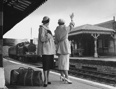 After the war, Miller Lee shot 'In Sicily' for British Vogue, playing up the touristy,  foreign-vacation angle. Taormina station, 1949.