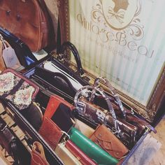 #vintagebags galore today at #yorkdoesvintage LOVE these! #bdvoutandabout #britaindoesvintage