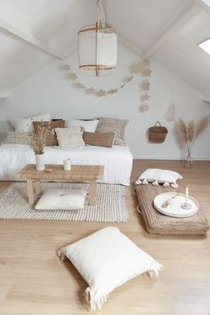 Ideas for loft room and works with palette bed where it looks like sofa but with grey mixed in bedroom grey 𝒫𝒾𝓃𝓉𝑒𝓇𝑒𝓈𝓉: Decor, Home Decor Inspiration, Interior, Home Decor Bedroom, Living Room Decor, Home Decor, Room Inspiration, House Interior, Loft Room