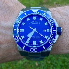 The beautiful dive watch: Armand Nicolet Royal Oak, 316l Stainless Steel, One Design, Diving, Watch, Beautiful, Side Profile, Sapphire Bracelet, Diving Watch