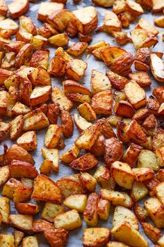 These easy oven roasted potatoes make the ideal side dish for a meat and potatoes dinner. Italian herbs and Cajun spices complements the earthy taste of oven baked potatoes. They cook up crispy on …