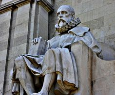 Cervantes en la Plaza de España. Madrid by Carlos Viñas, via Flickr