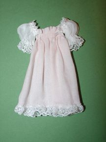 Nightgown tutorial  http://www.pinterest.com/yolandaj6/patrones/
