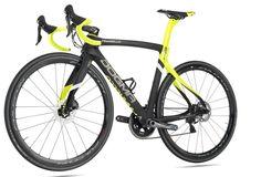 PINARELLO Dogma F8 Disc T11001K Carbon Rahmenset Yellow 2017 - Rider-Store - Die ganze Welt der Bikes & Parts - Mountainbikes, MTB Rahmen und Mountainbike Zubehör von namhaften Herstellern wie Ghost, Pinarello, Yeti, Niner, Mavic und Fox