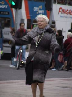 Mary Dunne – the O'Connell Street dancer – passes away aged 87 Ireland Pictures, Irish Language, Irish Times, Ireland Homes, Dublin City, Local History, Dublin Ireland, Passed Away, Old Photos