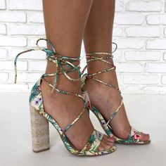 Women's online boutique store offering a great selection of hand-selected shoes - heels, wedges, booots and sandals at unbeatable prices. Cute Heels, Sexy Heels, High Heels, Shoes Heels, Heeled Sandals, Stilettos, Pumps, Online Boutique Stores, Pineapple Print
