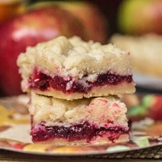 Cranberry Apple Shortbread Bars - so pretty for the holidays