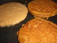 pumpkin spice whole wheat pancakes!